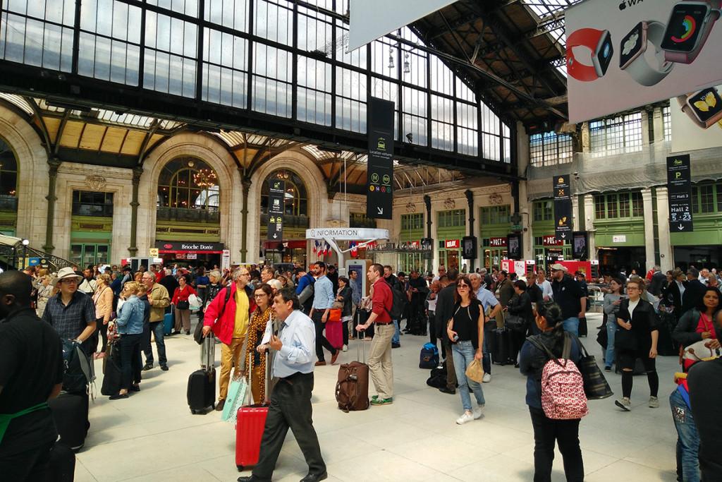 Unos minutos en París Gare de Lyon