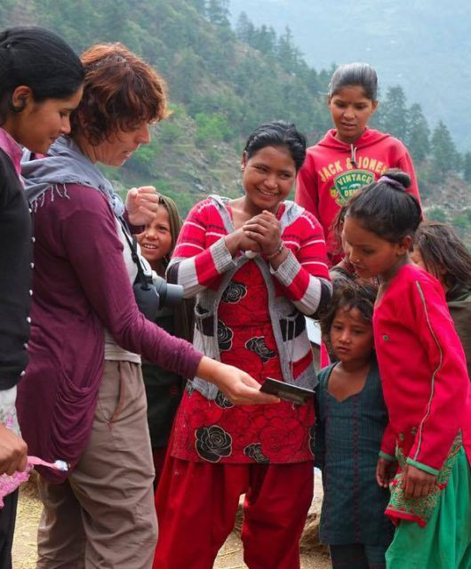 Clara Be Artsy en Nepal